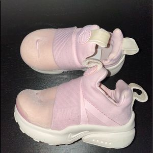 FINAL SALE Nike toddler sneakers